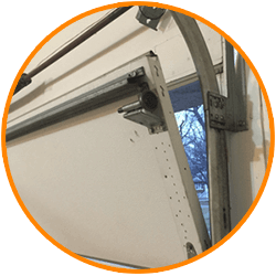 24/7 Emergency Garage Door Repairs